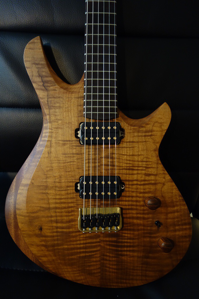 alex-myla-guitar-roasted-maple-with-indian-rosewood-finished-with-odie-s-oil-and-odie-s-wax.jpg
